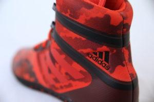 Adidas Flying Impact painikenkä